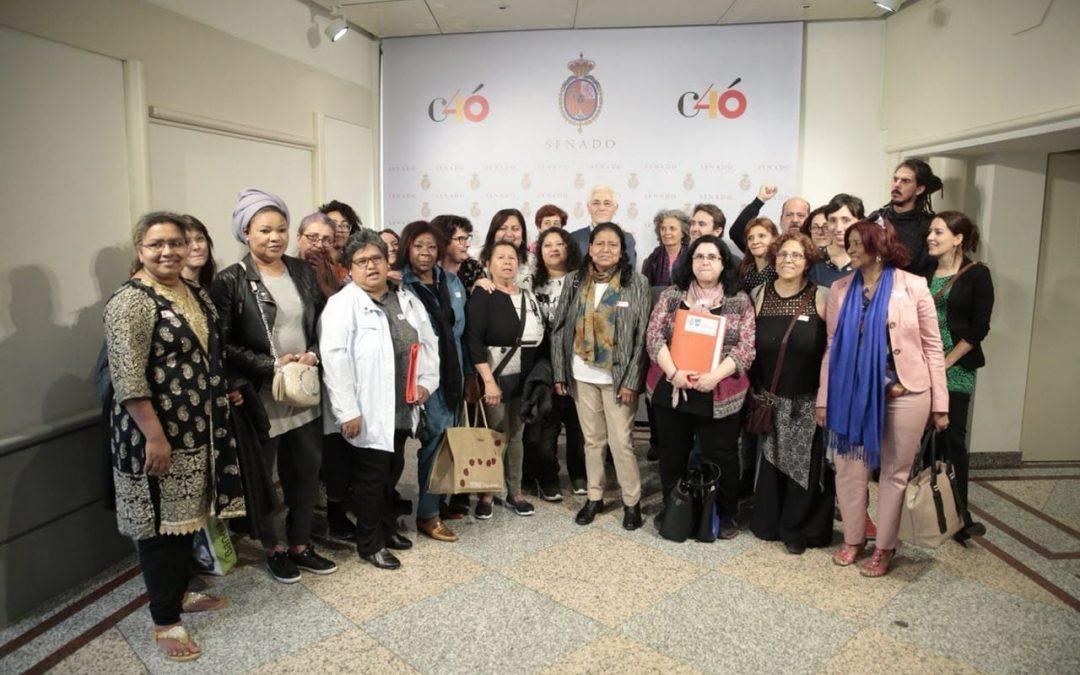 Reunión con portavoces palamentarios para la defensa de la equiparación del sistema de cotización de empleadas de hogar en la Seguridad Social