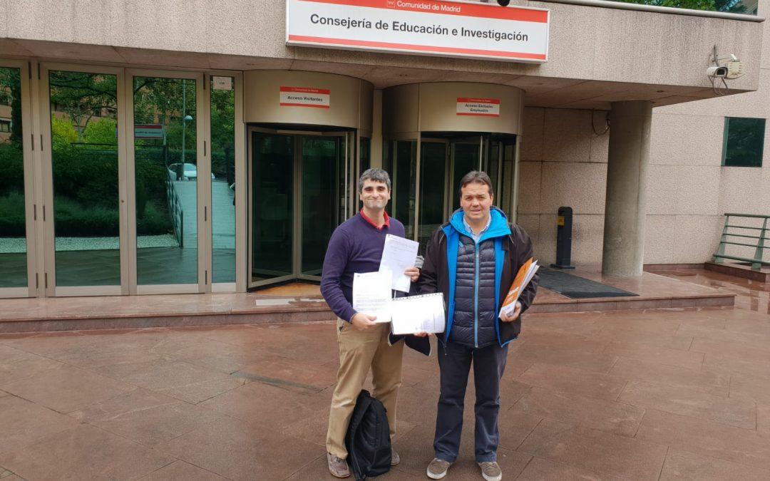 El secretario general de FEUSO Madrid, Juan Torija y el responsable de Enseñanza Pública, José Carlos Barba.