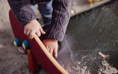 La precariedad laboral obliga a retrasar 2 años la edad de maternidad
