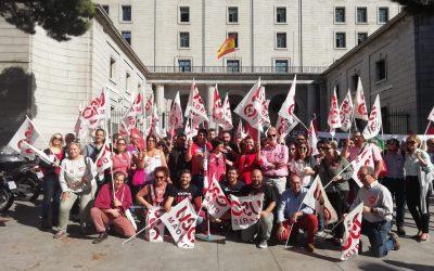 Los sindicatos se concentran ante el MITECO para reclamar una Estrategia de Transición Justa con Diálogo Social