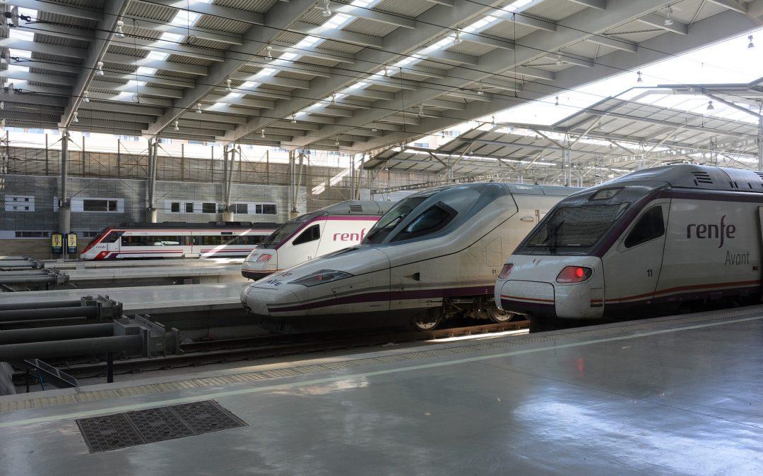 USO-Madrid exige la reincorporación de los trabajadores de servicio a bordo de Renfe y anuncia movilizaciones