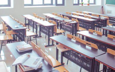 31.500 alumnos madrileños en cuarentena: hay que proteger al personal vulnerable en los colegios