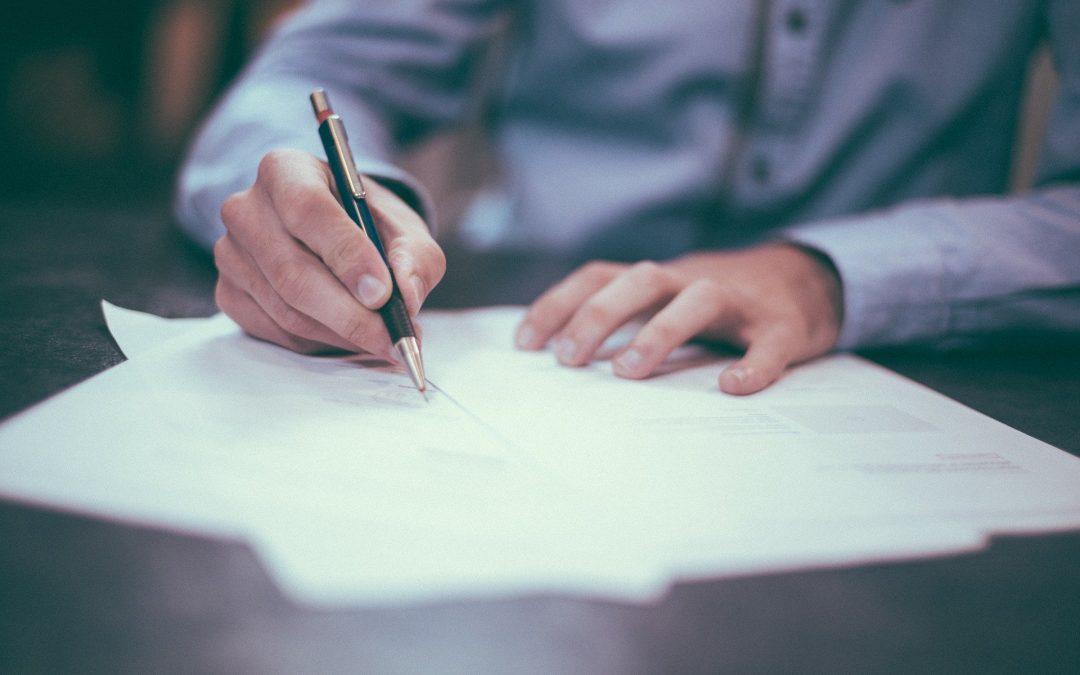 Contratos laborales en España: indefinido, temporal, formación y prácticas